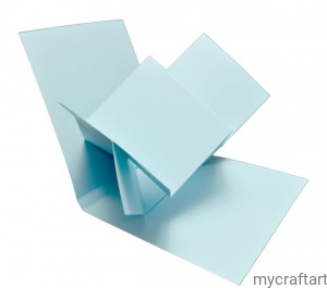 The base of the card TWIST POP UP blue 15 cm